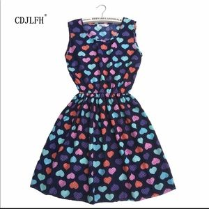Dresses & Skirts - Small boutique heart dress